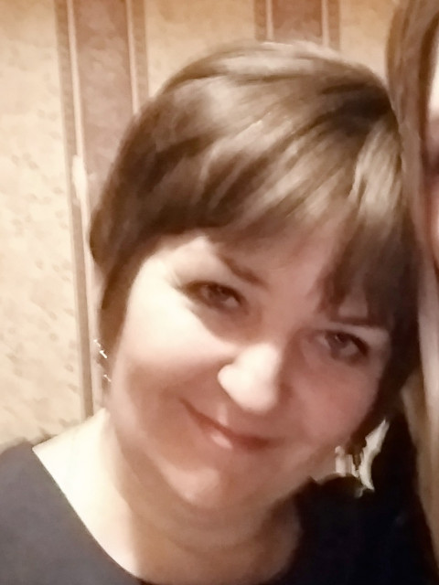 Елена, Россия, Санкт-Петербург, 40 лет, 2 ребенка. Хочу найти Мужчину, который полюбит меня и моих детей и сделает меня счастливой.