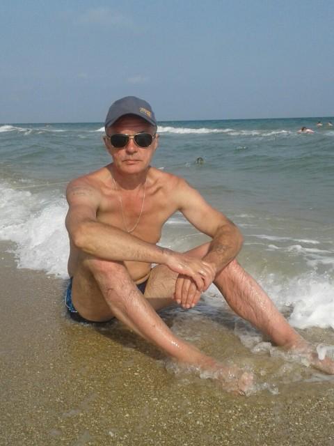 Владимир, Россия, Владимир, 58 лет. Я не глупый, вполне здоровый мужчина с фигурой мини спортивного типа, не худой и не толстый