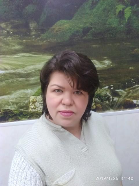 Татьяна, Россия, Санкт-Петербург, 47 лет, 1 ребенок. Хочу найти Ищу мужчину только для серьёзных отношений, для создания счастливой семьи.  И я верю, что обязатель