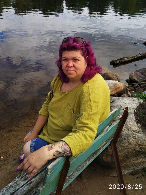 Татьяна, Россия, Санкт-Петербург, 49 лет, 1 ребенок. Хочу найти Никого не ищу, встретила два года назад, наверно счастливая семья со стороны, устала бороться.  Оче