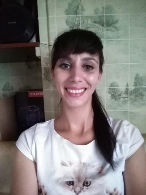 Ксения Морозова, Россия, г. Сокол (Вологодская обл), 28 лет, 1 ребенок. Хочу найти нужен хороший папа и муж двум симпатичным девочкам.