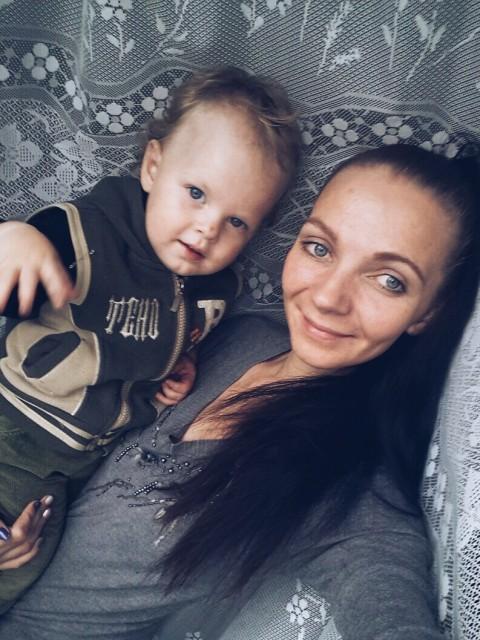 Полина, Беларусь, Березино, 28 лет, 1 ребенок. Знакомство без регистрации