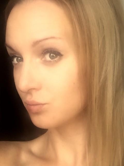 Анна, Россия, Санкт-Петербург, 34 года, 1 ребенок. Милая, красивая, умная, веселая. Конкретнее при знакомстве:)