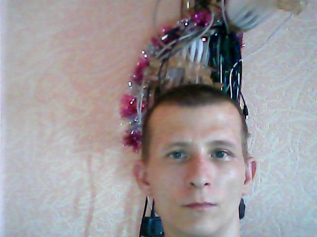 максим новоселов, Россия, Пушкин, 31 год. Познакомлюсь для серьезных отношений и создания семьи.