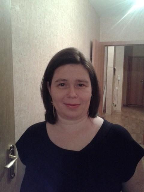 Елена, Россия, Санкт-Петербург, 46 лет, 3 ребенка. Не буду расхваливать свои достоинства, как готовлю, какая я суперхозяйка и т. д. На вкус и цвет(как