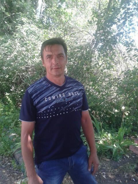 володя, Россия, Рязань, 44 года. Хочу найти Симпатичную, не очень высокую, верную
