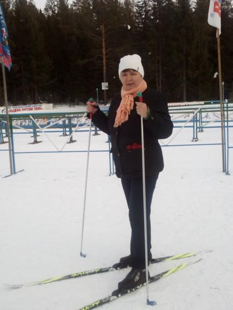 Анна, Россия, Ханты-Мансийск, 48 лет, 3 ребенка. Хочу найти Друга