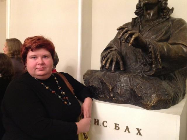 Арина, Россия, Санкт-Петербург, 35 лет. Она ищет его: человека... с кем можно было бы прожить всю жизнь, родить детей и не пожалеть ; -) внешность для мен