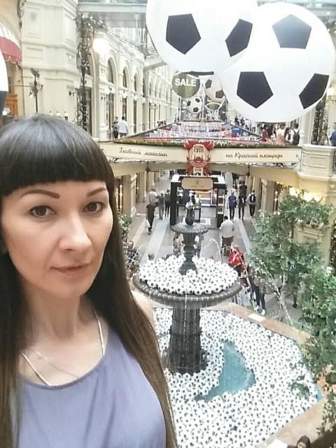 Ольга, Россия, Москва, 34 года, 1 ребенок. Хочу найти высокого (от 190 см) некурящего мужчину.   Я знаю, что рост это не самое главное в человеке, но на