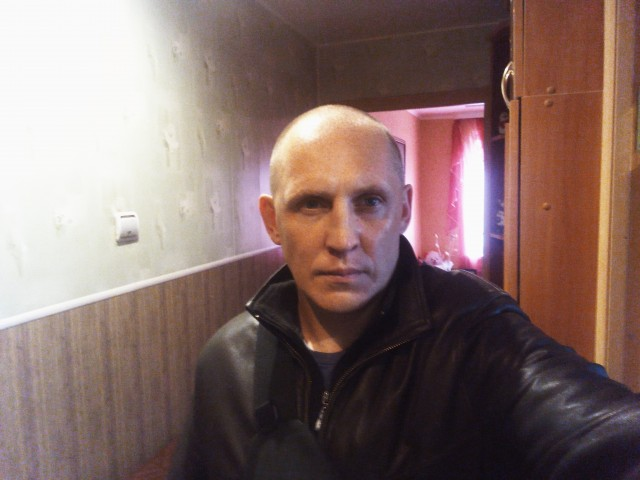Александр, Россия, Санкт-Петербург, 41 год, 2 ребенка. В разводе. Готов к новым отношениям с привлекательной женщиной для серьёзных отношений. Я обыкновенн