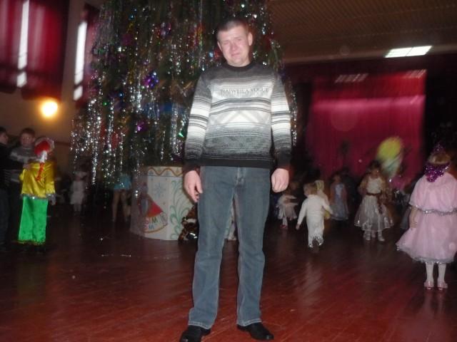 АЛЕКСЕЙ СЕРЁЖЕНКО, Россия, пос. Магнитный (Железногорский район), 39 лет, 2 ребенка. Хочу найти понимающюю и хорошую женщину