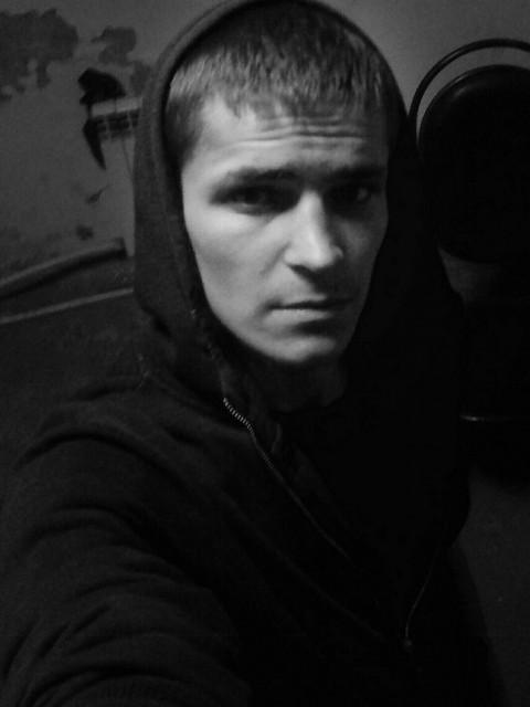 Владимир Ухин, Россия, Пенза, 25 лет