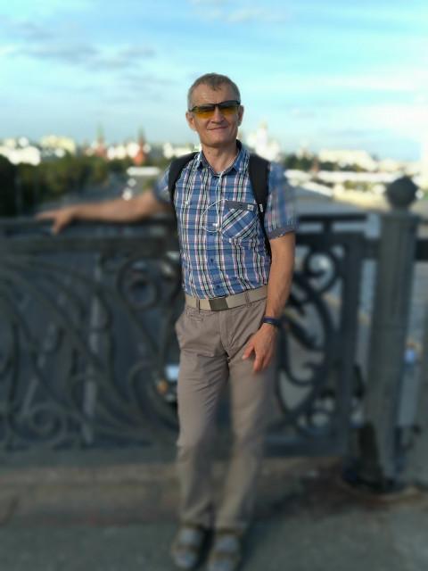 Павел, Россия, Видное, 54 года, 3 ребенка. Хочу найти Домашнюю , умеющую слышать и слушать, желающую просыпаться на плече своего мужчины, хрупкую и нежную