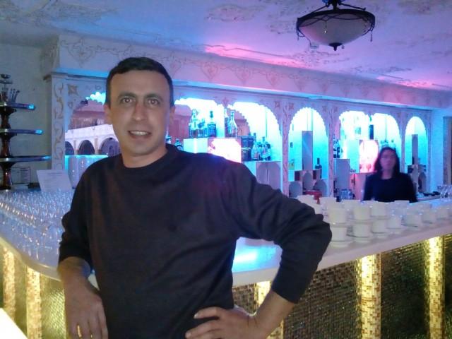 Сергей, Россия, Москва, 38 лет, 1 ребенок. Хочу найти Познакомлюсь с девушкой для создания крепкой семьи.