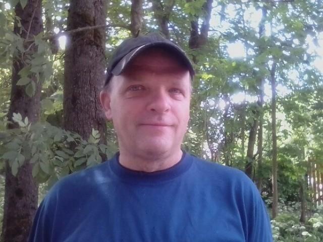 михаил, Россия, Санкт-Петербург, 49 лет, 2 ребенка. я хороший, добрый, нежный, хозяйственнный.