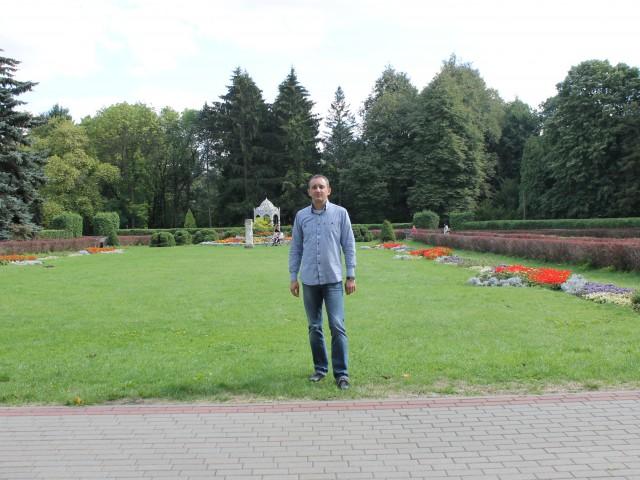 Руслан, Россия, Рославль, 44 года