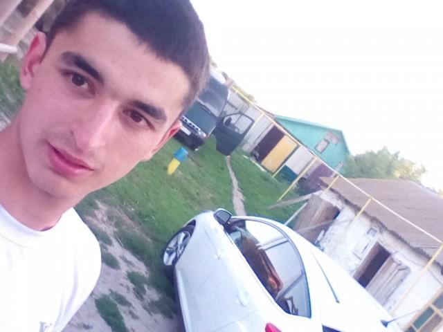 Рустам, Россия, Голицыно, 20 лет