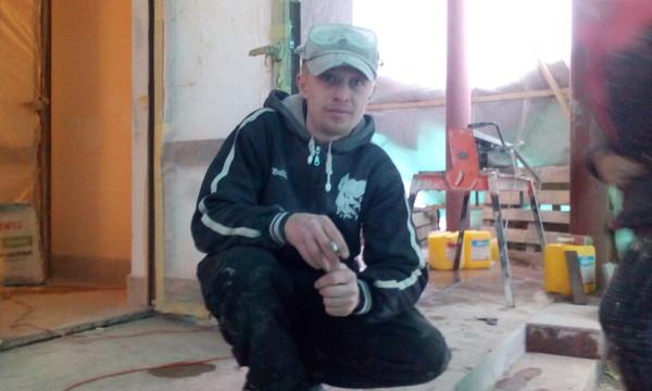 ВАСИЛИЙ ПЛАТОНОВ, Россия, Рославль, 34 года