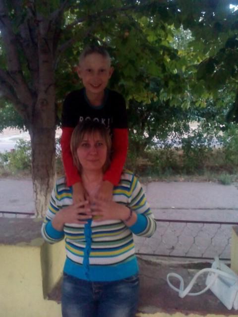 Татьяна, Россия, Камышин, 39 лет, 1 ребенок. Хочу найти Хочу найти мужчину не пьющего, не из мест отдаленных.