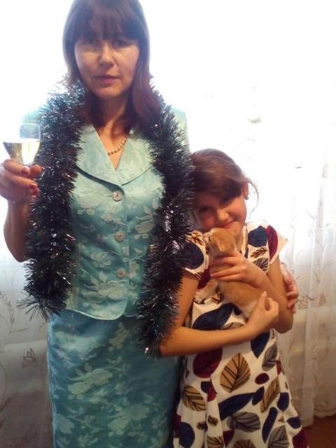 Елена, Россия, Самара, 41 год, 3 ребенка. Хочу познакомится с мужчиной от41года по45. Я легко общаюсь с детьми , не буду против если напишит в