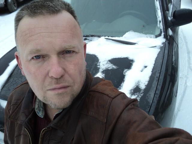 Эдуард, Россия, Санкт-Петербург, 38 лет, 1 ребенок. Познакомлюсь для серьёзных отношений. Я добрый. серьезный. отзывчивый с чувством юмора романтик. Мат