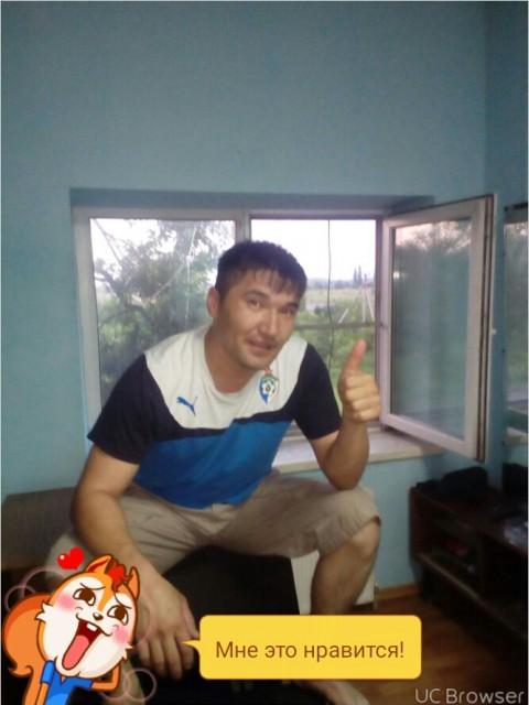 Макс, Россия, Крымск, 32 года