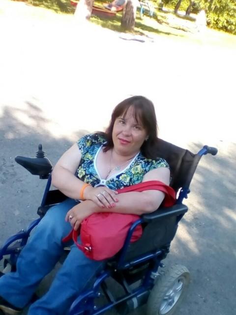 Светлана , Россия, Черепаново, 37 лет, 1 ребенок. Хочу найти Хотела бы познакомится с одиноким папой. Возможно с инвалидом. Дети не помеха, у самой есть сын