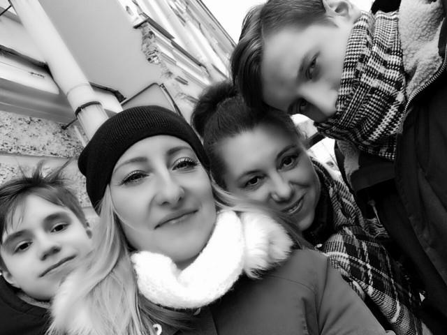 Светлана, Россия, Москва, 39 лет, 1 ребенок. Хочу найти Адекватного, доброго, с чувством юмора  мужчину, который хочет семейного счастья и уюта.
