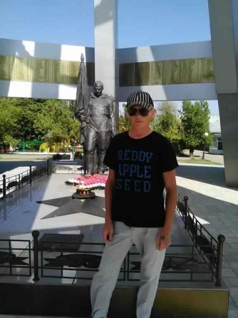 Александр, Россия, Новопокровская, 42 года