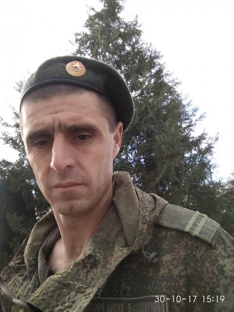 Иля, Россия, Буйнакск, 40 лет, 1 ребенок. Он ищет её: Найти человека который будет по душе