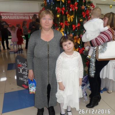 Оксана Нефедова, Россия, Октябрьск, 44 года