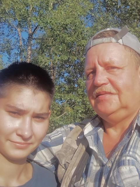 Алексей, Россия, Самара, 45 лет, 1 ребенок. Добрый, заботливый, люблю стабильность. Не передаю. Бываю ранимый когда предают близкие люди. Стараю