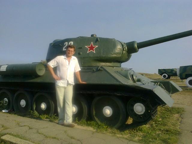 Денис Марков, Россия, Курганинск, 37 лет