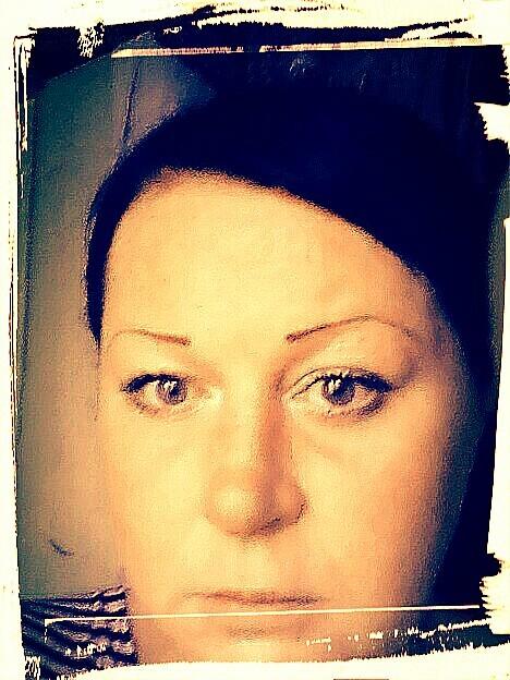 Людмила, Россия, Новомосковск, 35 лет, 1 ребенок. Хочу найти Порядочного, доброго, любящего детей, не пьющего.