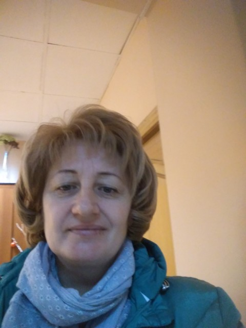 Света, Россия, Москва, 47 лет, 2 ребенка. Хочу найти спокойного уравновешенного мужчину.