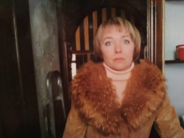 лариса, Россия, Москва, 41 год, 2 ребенка. Хочу найти Адекватного , серьёзного .Ни того кто просто говорит, а того кто делает.