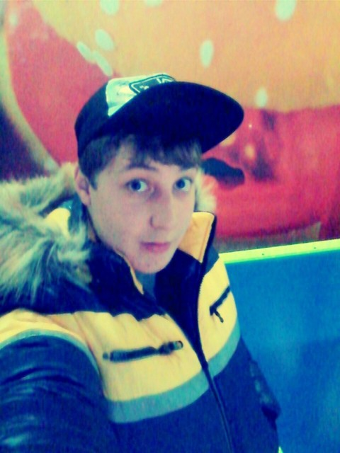 Дмитрий, Россия, Кольчугино, 21 год
