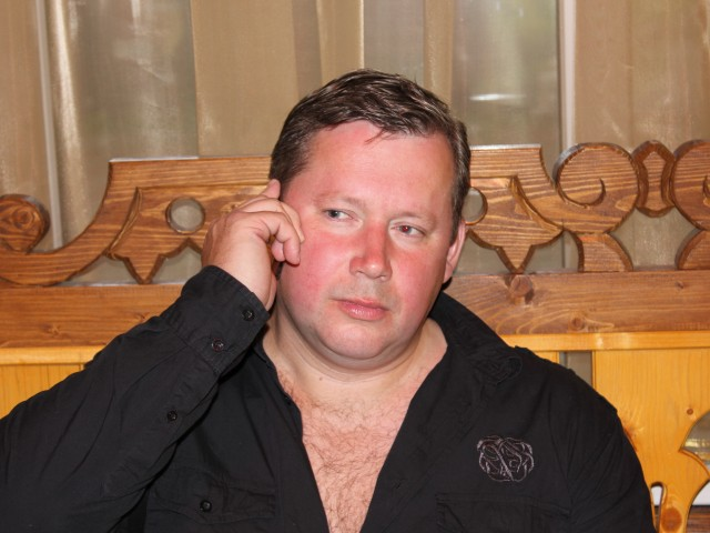 Игорь Смирнов, Россия, Рыбинск, 46 лет, 1 ребенок. Хочу найти «обычный, живу с ребенком, нравятся длинные волосы и веселый нрав у девушек..Город не важен , заберу