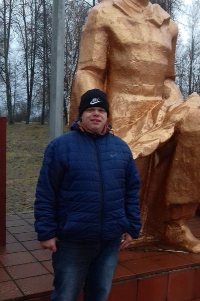 Юра Медведев, Россия, Смоленск, 24 года