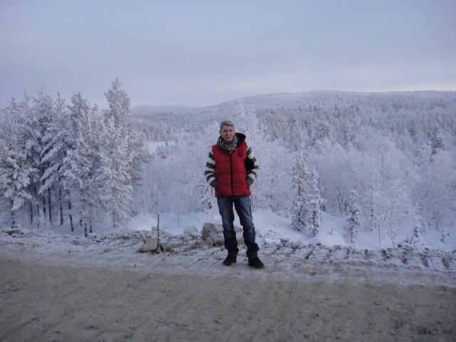 Николай, Россия, Мурманск, 53 года, 2 ребенка. ЖИВУ В ПИТЕРЕ. в Мурманске надолго по  работе. Хочу уехать уже не один