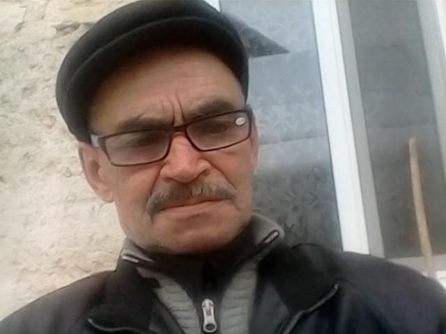 valeriu grigor, Молдова, Флорешты, 66 лет, 1 ребенок. Хочу найти Такого добродушного как я. Чтобы смогли понять друг друга с полу  слова.