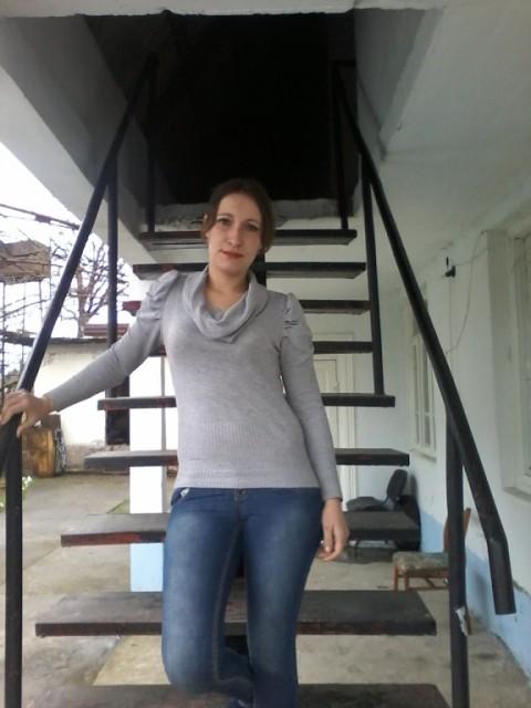 Надежда, Абхазия гагра, 32 года, 3 ребенка. Хочу найти Папу  моим детям хорошего, доброго.