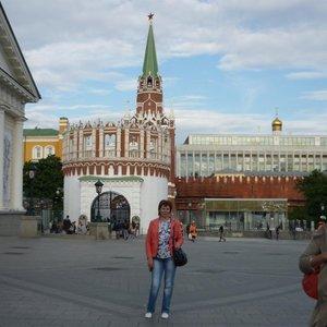 Надя Новикова, Россия, Ржев, 52 года