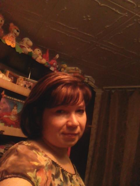 Галина, Россия, Астрахань, 41 год, 2 ребенка. Живу с детьми. Хотелось бы встретить мужчину , любищий детей, доброго, хозяйственого