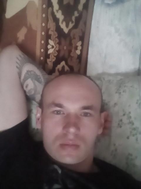 Миша, Россия, Кропоткин, 32 года