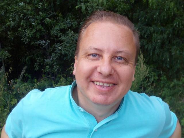 Глеб, Россия, Санкт-Петербург, 43 года, 2 ребенка. Хочу найти Ищу Женщину. Любовницу и надёжного друга в одном лице, для которой я сделаю всё, что должен сделать