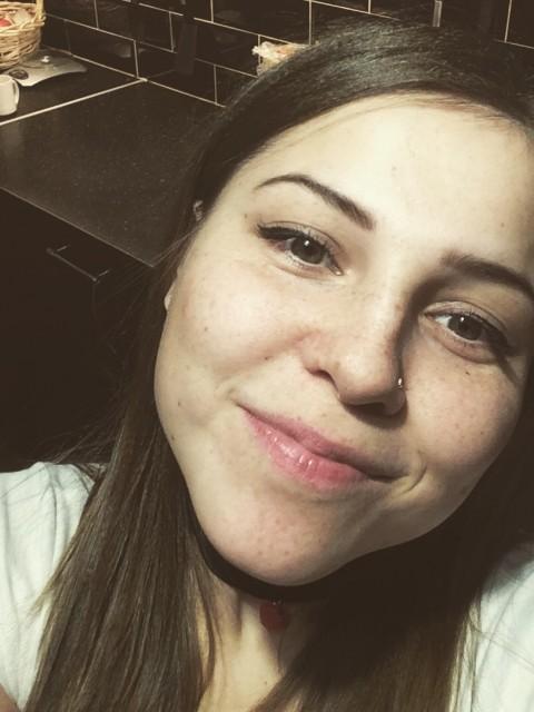 Полина, Россия, Санкт-Петербург, 27 лет, 1 ребенок. Хочу найти Достойного серьёзного мужчину. Ответственного, честного и заботливого.