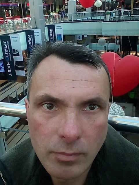 дмитрий, Россия, Москва, 42 года, 1 ребенок. Хочу найти Высокую стройную блондинку или брюнеточку в возрасте от 30 до 41 года можно с ребенком.
