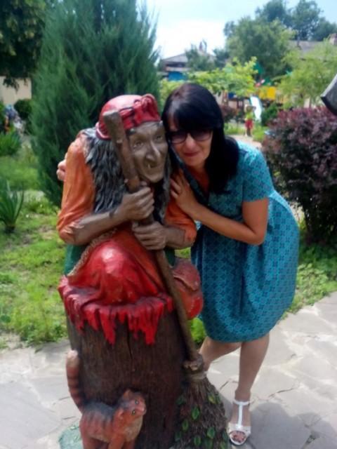 Екатерина, Россия, Тихорецк, 47 лет, 2 ребенка. Хочу найти Верного, с чуством юмора(в пределах)