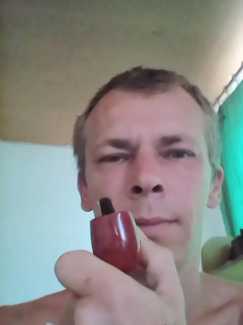 Роман, Россия, Краснодар, 38 лет. Он ищет её: Обычную девушку. Хорошую хозяйку, которая создаст тепло и уют в нашем доме. Дом есть, нет хозяйки. н